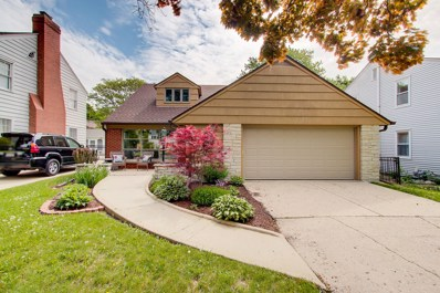 6048 N Lydell Ave, Whitefish Bay, WI 53217 - #: 1620536