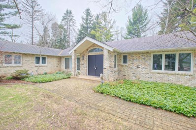 1612 E Dean Rd, Fox Point, WI 53217 - #: 1621521