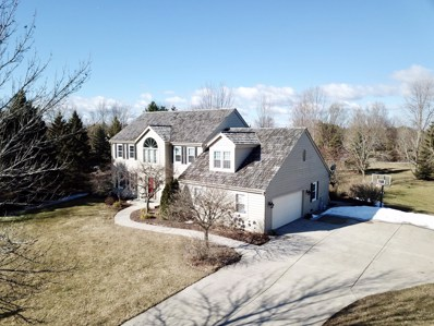 10403 N Beechwood Dr, Mequon, WI 53092 - #: 1625413