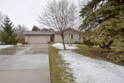615 W Oakwood Rd, Oak Creek, WI 53154 - #: 1626324