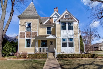 524 E Day Ave, Whitefish Bay, WI 53217 - #: 1630769