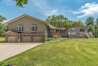38317 Sunset Dr, Summit, WI 53066 - #: 1631796