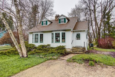 12639 N East Shoreland Dr, Mequon, WI 53092 - #: 1631863