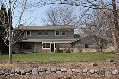 2125 Le Chateau Dr, Brookfield, WI 53045 - #: 1632818