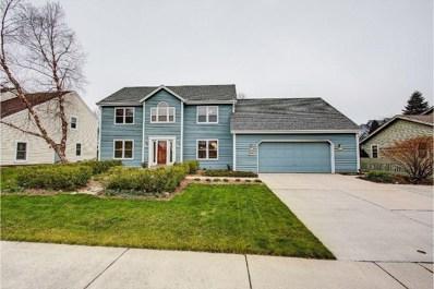 W70N411 Fox Pointe Ave, Cedarburg, WI 53012 - #: 1634677