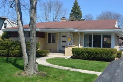 7330 N Mohawk Rd, Fox Point, WI 53217 - #: 1635441