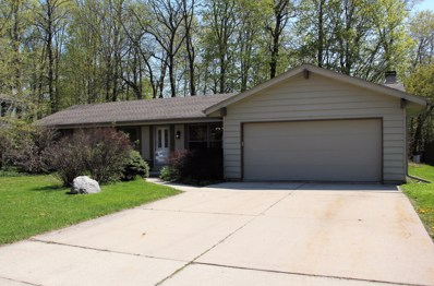 7628 S 70th St, Franklin, WI 53132 - #: 1637565