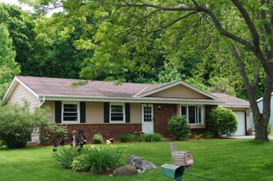 7612 S 70th St, Franklin, WI 53132 - #: 1638897