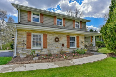 18765 Le Chateau Dr, Brookfield, WI 53045 - #: 1638900