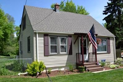 8646 S Chicago Rd, Oak Creek, WI 53154 - #: 1639077