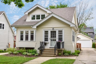2132 N 69th St, Wauwatosa, WI 53213 - #: 1639582