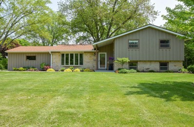 2540 Kevenauer Dr, Brookfield, WI 53005 - #: 1640020
