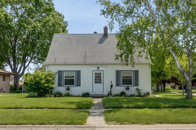 2715 9th Ave, South Milwaukee, WI 53172 - #: 1641998