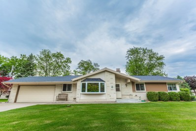 6530 S 120th St, Franklin, WI 53132 - #: 1642275