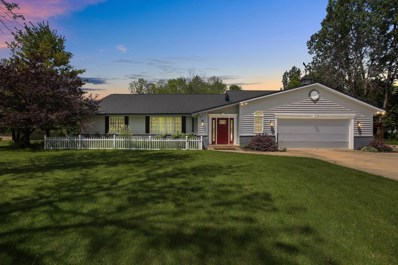 12049 N Lake Shore Dr, Mequon, WI 53092 - #: 1642638
