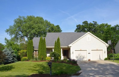 100 Woodberry Dr, Delafield, WI 53018 - #: 1643701