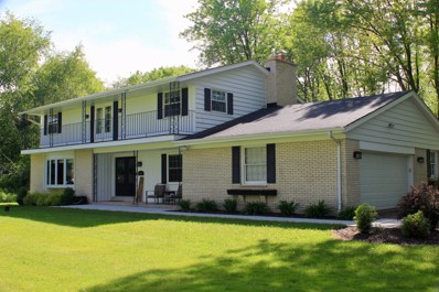 13349 N Lakewood Dr, Mequon, WI 53097 - #: 1644383