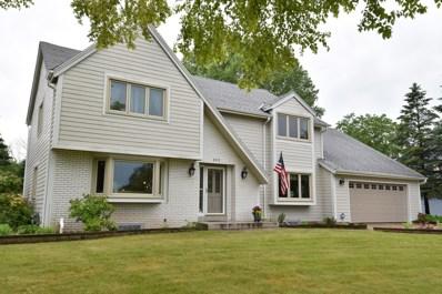 3717 W Sherbrooke, Mequon, WI 53092 - #: 1645062