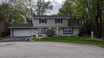 3710 S Pleasant View Dr, New Berlin, WI 53151 - #: 1645764