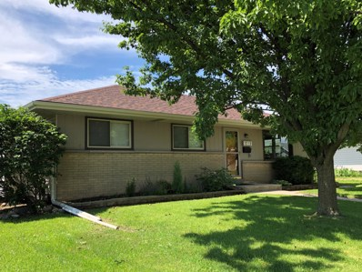 9219 W Schlinger Ave, West Allis, WI 53214 - #: 1646005