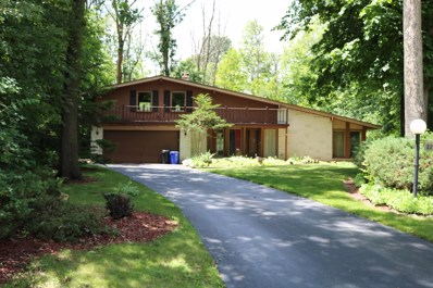 225 Indian Ridge Dr, Brookfield, WI 53005 - #: 1646558