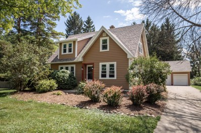 8727 W Mequon Rd, Mequon, WI 53097 - #: 1646953