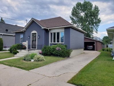 2413 15th St, Two Rivers, WI 54241 - #: 1647657