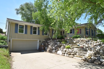 814 N 18th Ave, West Bend, WI 53090 - #: 1647937