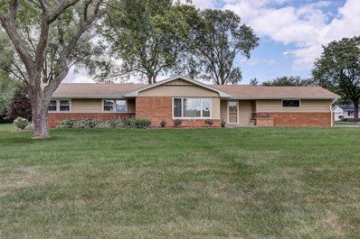 16900 W Mary Ross Dr, New Berlin, WI 53151 - #: 1651770