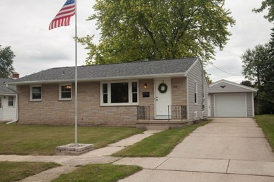 709 Pennsylvania Ave, West Bend, WI 53095 - #: 1653375
