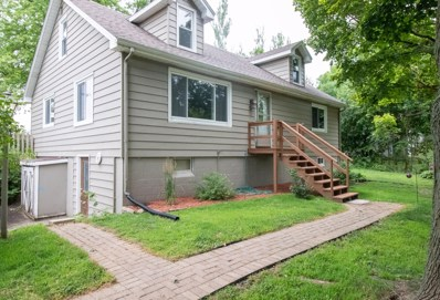 32895 Center St, Burlington, WI 53105 - #: 1653718