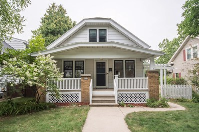 8218 Gridley Ave, Wauwatosa, WI 53213 - #: 1654056