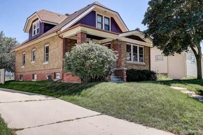 641 S 3rd Ave, West Bend, WI 53095 - #: 1654947