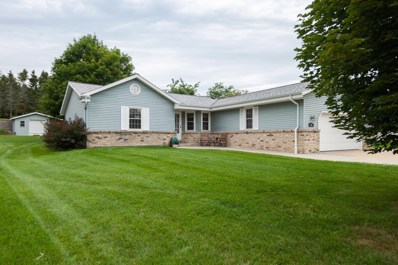 241 Fairview Ct, Slinger, WI 53086 - #: 1655271