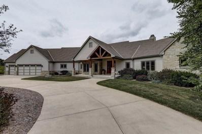 10788 Cedar Creek RD, Cedarburg, WI 53012 - #: 1655425