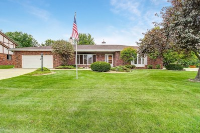 3995 S Victoria Cir, New Berlin, WI 53151 - #: 1657818