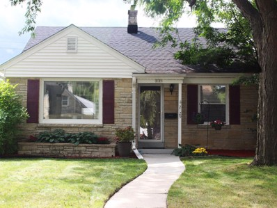 2129 W Kendall Ave, Glendale, WI 53209 - #: 1658008