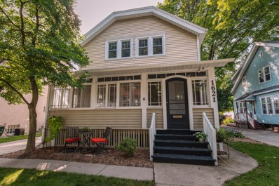 1621 N 69th St, Wauwatosa, WI 53213 - #: 1660313