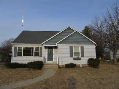 913 S Main St, Lake Mills, WI 53551 - MLS#: 1825276