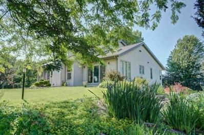 3653 Lake View Dr, Stoughton, WI 53589 - MLS#: 1833143