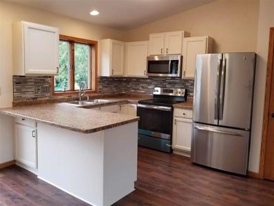 310 E Parkview St, Cottage Grove, WI 53527 - MLS#: 1841519
