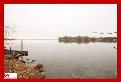 16 Waunona Woods Ct, Madison, WI 53713 - MLS#: 1843373