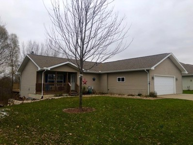 111 Lazy Lake Dr, Fall River, WI 53932 - MLS#: 1845412