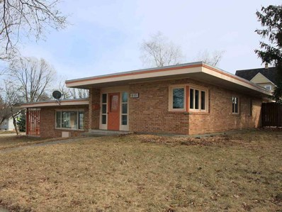 615 Frederick Ave, Fort Atkinson, WI 53538 - MLS#: 1852361