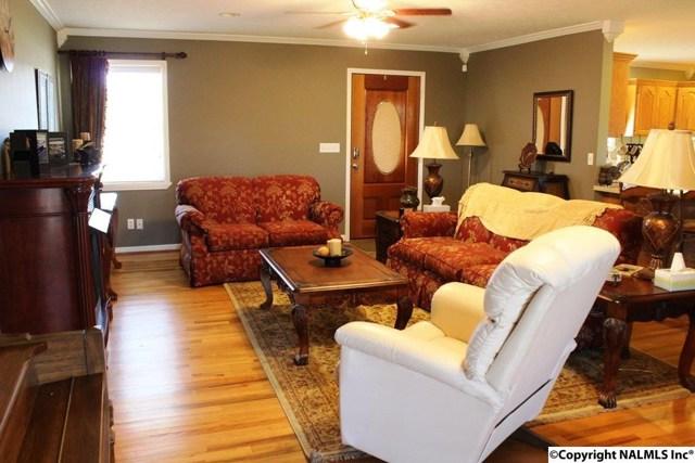 $175,000   1555  County Road 76 Centre,AL,35960 - MLS#: 1085981