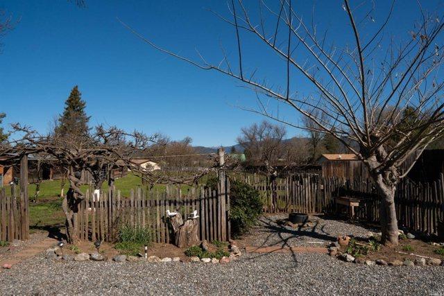 $479,000 | 9900  Spring Valley Road Potter Valley,CA,95469 - MLS#: 21903704