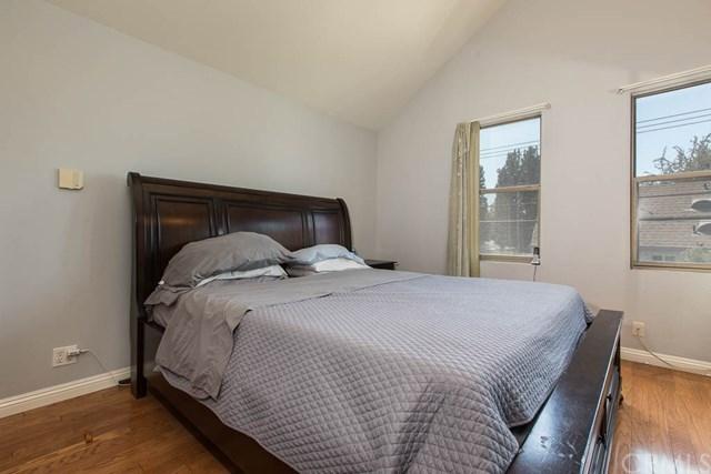 $460,000 | 14256  Victory Boulevard  7 Van Nuys,CA,91401 - MLS#: BB18171652