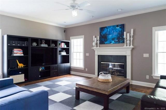 $2,595,000   2  Buxton Lane Greenwich,CT,06878 - MLS#: 170170146