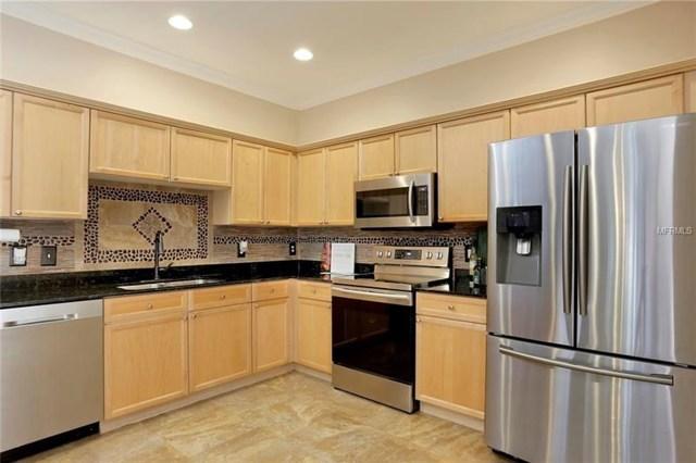 $300,000 | 121  Valencia Circle St Petersburg,FL,33716 - MLS#: U8002733