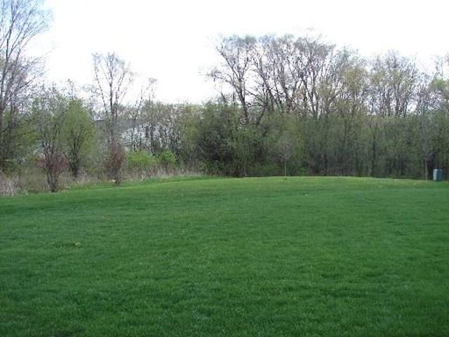$259,900 | 2  Onondaga Drive Hawthorn Woods,IL,60047 - MLS#: 08647389